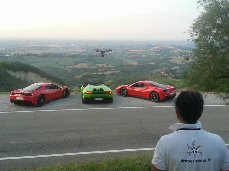 Video promozionale PUSHSTART: Ferrari vs Lamborghini